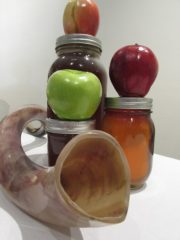 shofar with apples and honey